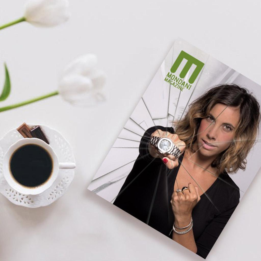 Questa immagine ha l'attributo alt vuoto; il nome del file è Mondani-Magazine-the-launch.jpg
