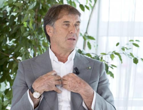 SPOTTED Brunello Cucinelli indossa un Jaeger-LeCoultre Master Ultra Thin Perpetual intervistato da Marco Montemagno